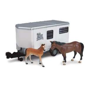 Big Farm 116 Horse Trailer with Horse and Colt Toys & Games