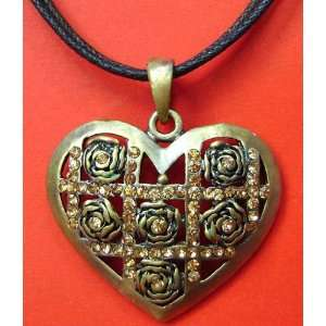 Quartz Alloy Metal Flower Heart Pendant Necklace